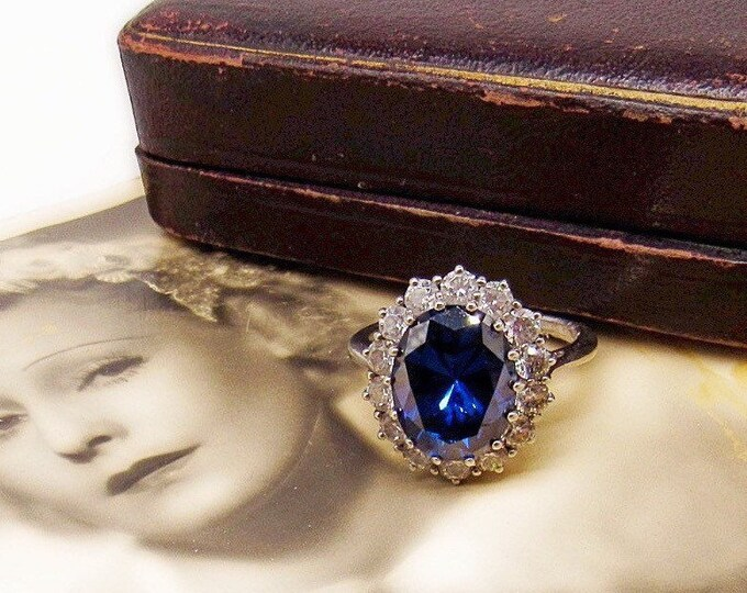 Bold and Beautiful vintage Sterling Silver faceted Sapphire Blue Cubic Zirconium CZ round CZ accented Statement Cocktail Ring size 11