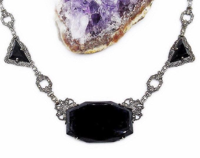 Exquisite vintage Art Deco Era Rhodium Plated Geometric faceted Jet Black Glass stones Marcasite decorative Choker Necklace