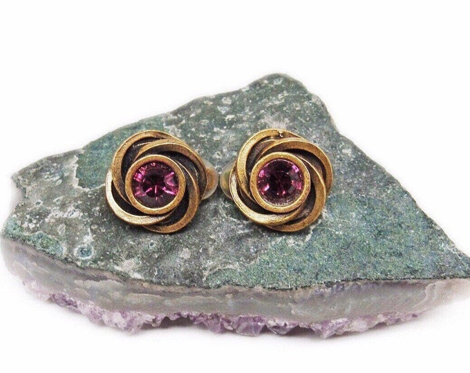 Vintage Designer Patricia Locke Gold tone faceted Amethyst Purple Crystal signed Modernist Clip Earrings