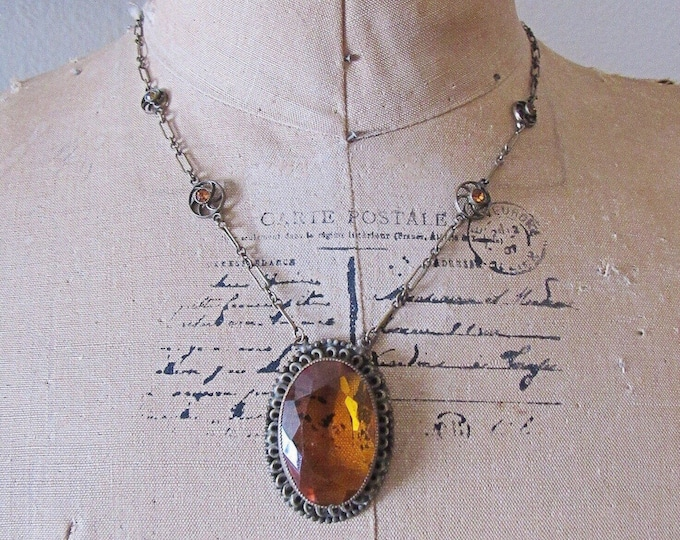 Vintage Art Deco Era 1930s antiqued Brass faceted Topaz Yellow Czech Glass pendant Necklace