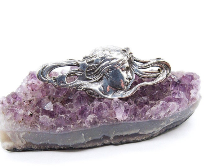 Vintage Art Nouveau sterling silver vintage flowing Woman in the stars beautiful signed brooch