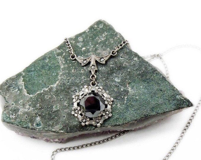 Delicate 1920s Art Deco Sterling Silver Marcasite faceted genuine Hematite accented elegant Antique Necklace