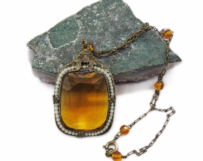 1930s Art Deco vintage antiqued brass faceted Topaz Yellow Czech Glass faux seed pearl accented pendant Necklace