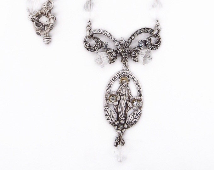 """Sweet Romance USA unique vintage crystal silver tone Victorian style """"Mary"""" signed pendant necklace"""
