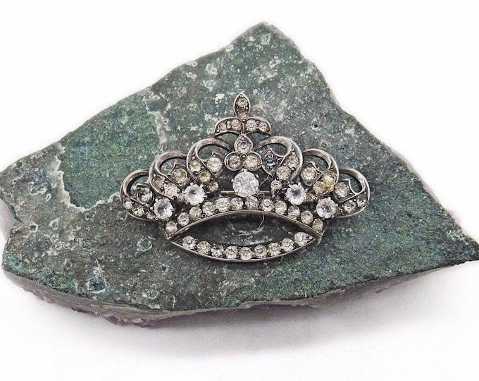 Vintage 1930s Rhodium plated faceted Rhinestone accented Crown Brooch