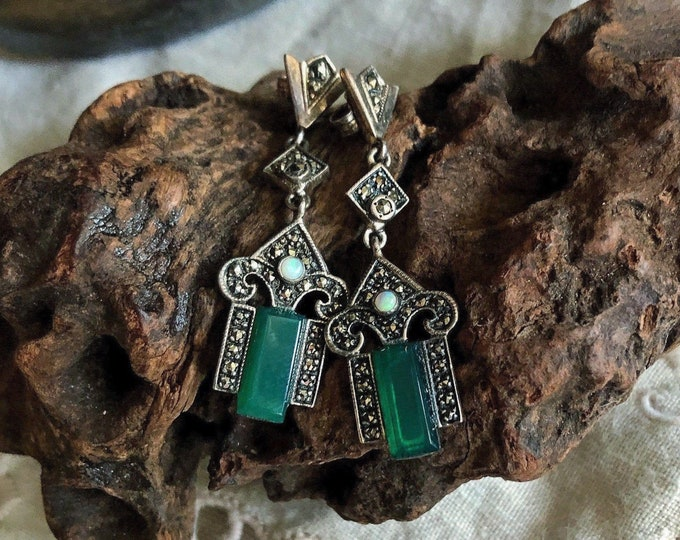 Gorgeous vintage antique Sterling Silver Marcasite Chrysoprase Stone genuine Opal Seed Cabochon accented stamped Drop Earrings