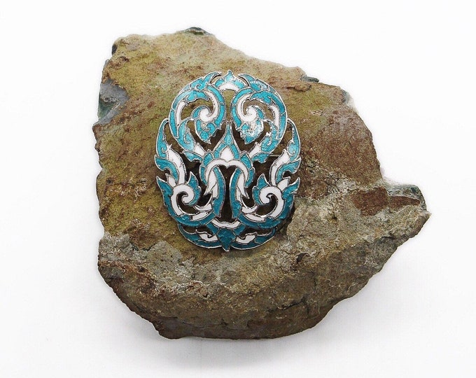 Beautiful vintage Thailand Siam Sterling Silver turquoise green and white enamel decorative signed statement brooch