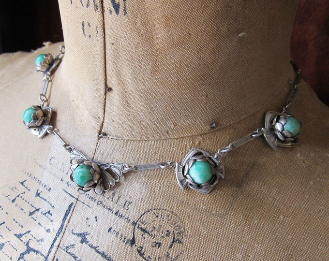 1930s Vintage Arts and Crafts Rhodium plated brass Peking Glass floral design bib necklace