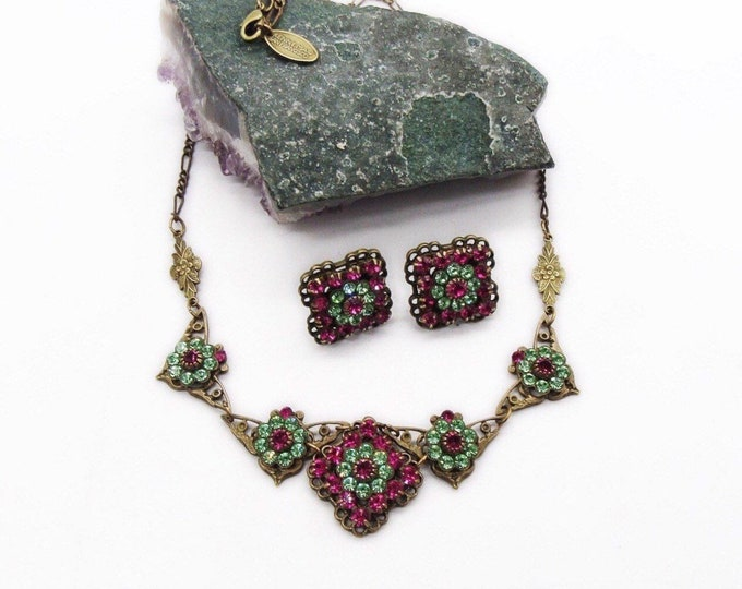 Kenny Ma of San Francisco Vintage antiqued brass tone faceted Fuchsia and Emerald Swarovski Crystals signed necklace & earrings designer set