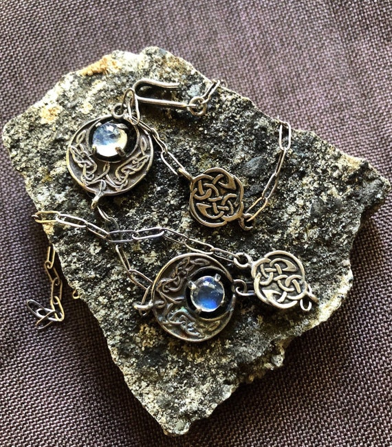 Collectible Dutch Modernist Design Jewelry Hammered Copper /& Chrysoprase Brooch Amsterdam School Brooch Antique  Vintage Artisan Jewelry