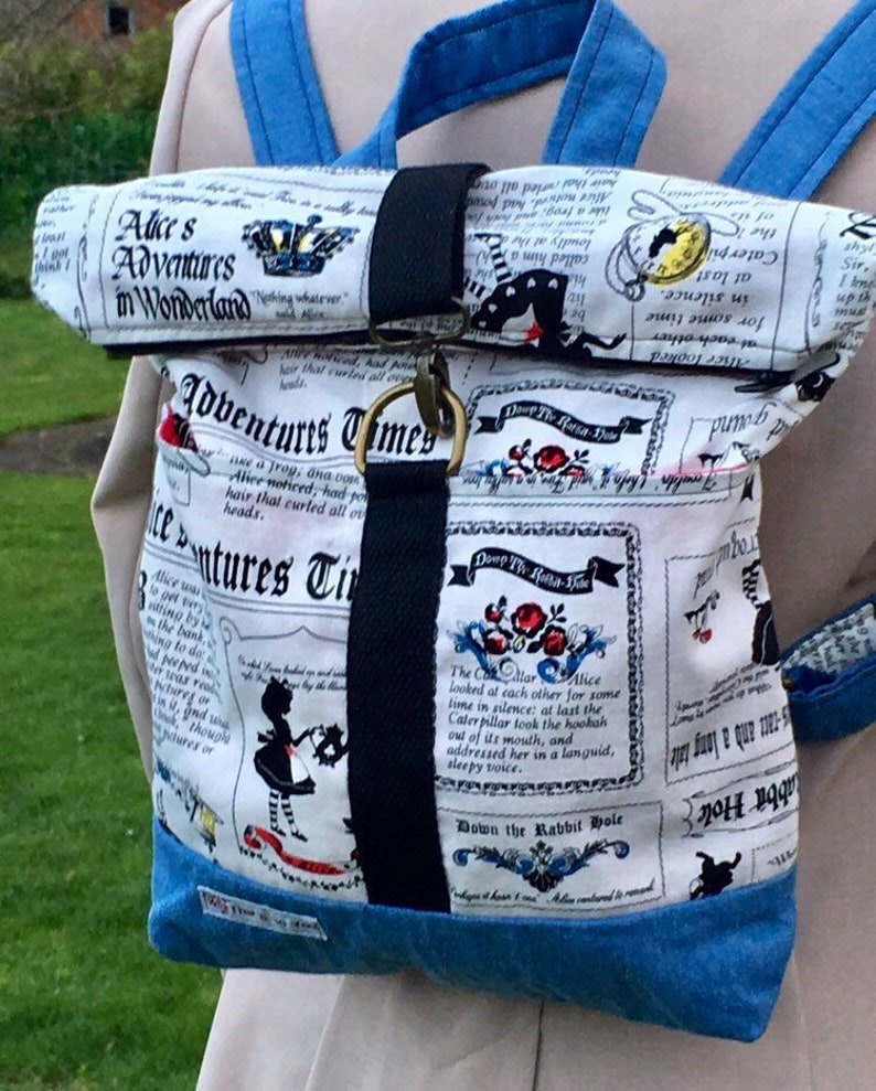 Alice in wonderland bag/Thats So You/free delivery to the UK image 0