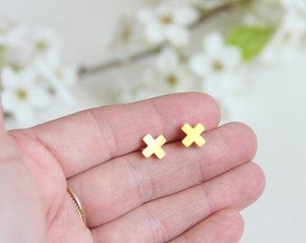 X earrings, X studs, Cross Earrings, Cross studs, Minimalist Gold Jewelry, Bridesmaid Gift, Simple Modern Jewelry