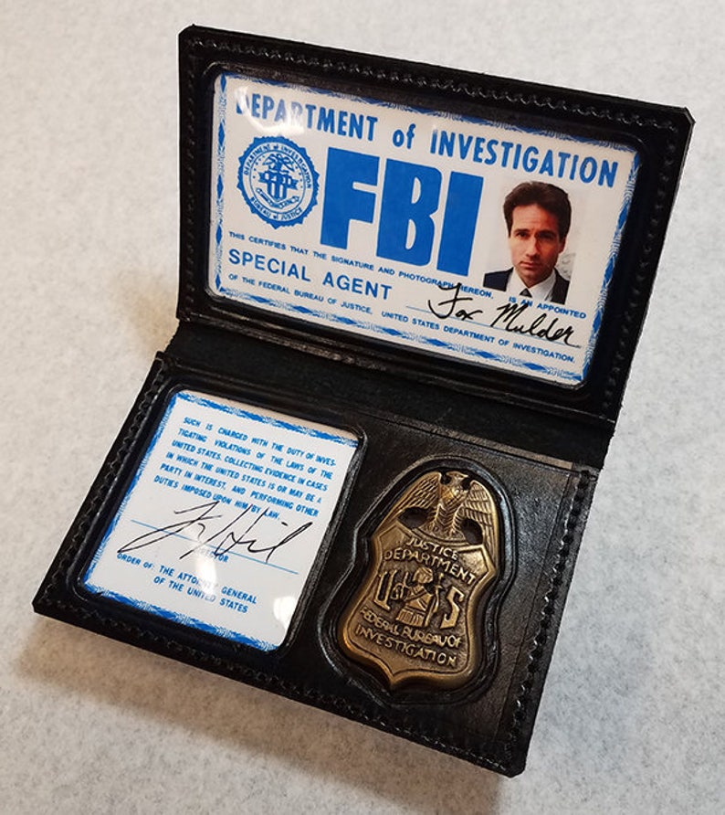 Or With X-files Scully Wallet Hanger Id Mulder amp; Prop Etsy Badge
