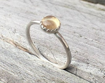 Handmade sterling silver Citrine ring, 6mm yellow gemstone ring, hammered ring, stacking ring, serrated setting