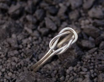 Sterling silver love knot ring, celtic knot ring, bridesmade ring, handmade ring, infinity ring
