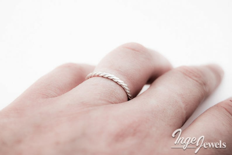 hammered rope pattern ring, infinity twist ring handmade ring Stackable ring sterling silver 1.5mm ring