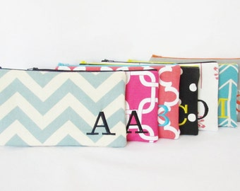 Bridesmaid bags - Set of 11 - Cosmetic Bags - Clutches - Monogram Makeup Bag - Personalized Bridesmaid Gifts - Purse - Zipper Bags - Large