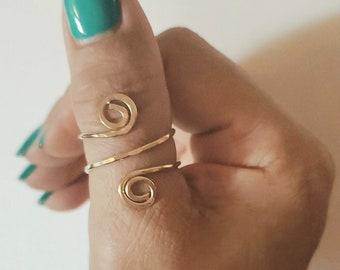 80116ad102659 14k gold thumb ring   Etsy