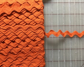 Vintage Pumpkin Orange 1/2 inch Poly/Cotton Blend Ric Rac Rick Rack, 10 yards