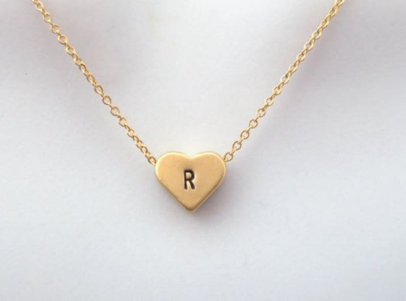 Personalized Heart Necklace,Gold Heart Initial Necklace,Bridesmaid Gift,Wedding Necklace,Best Friend Gift,Sister Gift,Mom Gift,Xmas Gift
