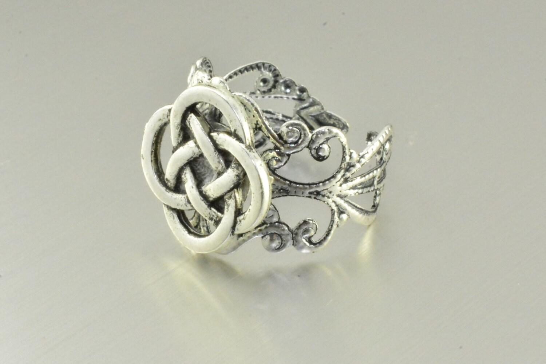 celtic knot ringlove knot ring silver knot ringirish knot. Black Bedroom Furniture Sets. Home Design Ideas