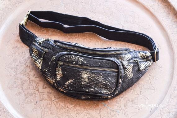 b3b8d4e7a9db Serpent Python or noir peau de banane en vrai serpent cuir sac   Etsy