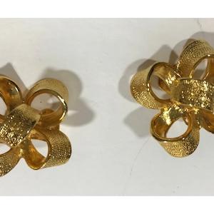 Signed Kenneth Jay Lane KJL rhinestone encrusted faux pearl jappaned chandelier earrings  designer clip-on earrings marked Kenneth Jay Lane