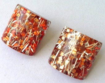 Red Lucite Confetti Earrings - Vintage 1950s Wonderful Clip Ons - Lovely for Spring and Summer
