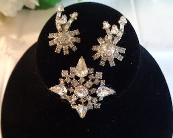 Fashion Jewelry Sewing Brosche Deko Basteln Anstecknadel Hochzeit Strassbrosche Tuchhalter Blumenstrauß