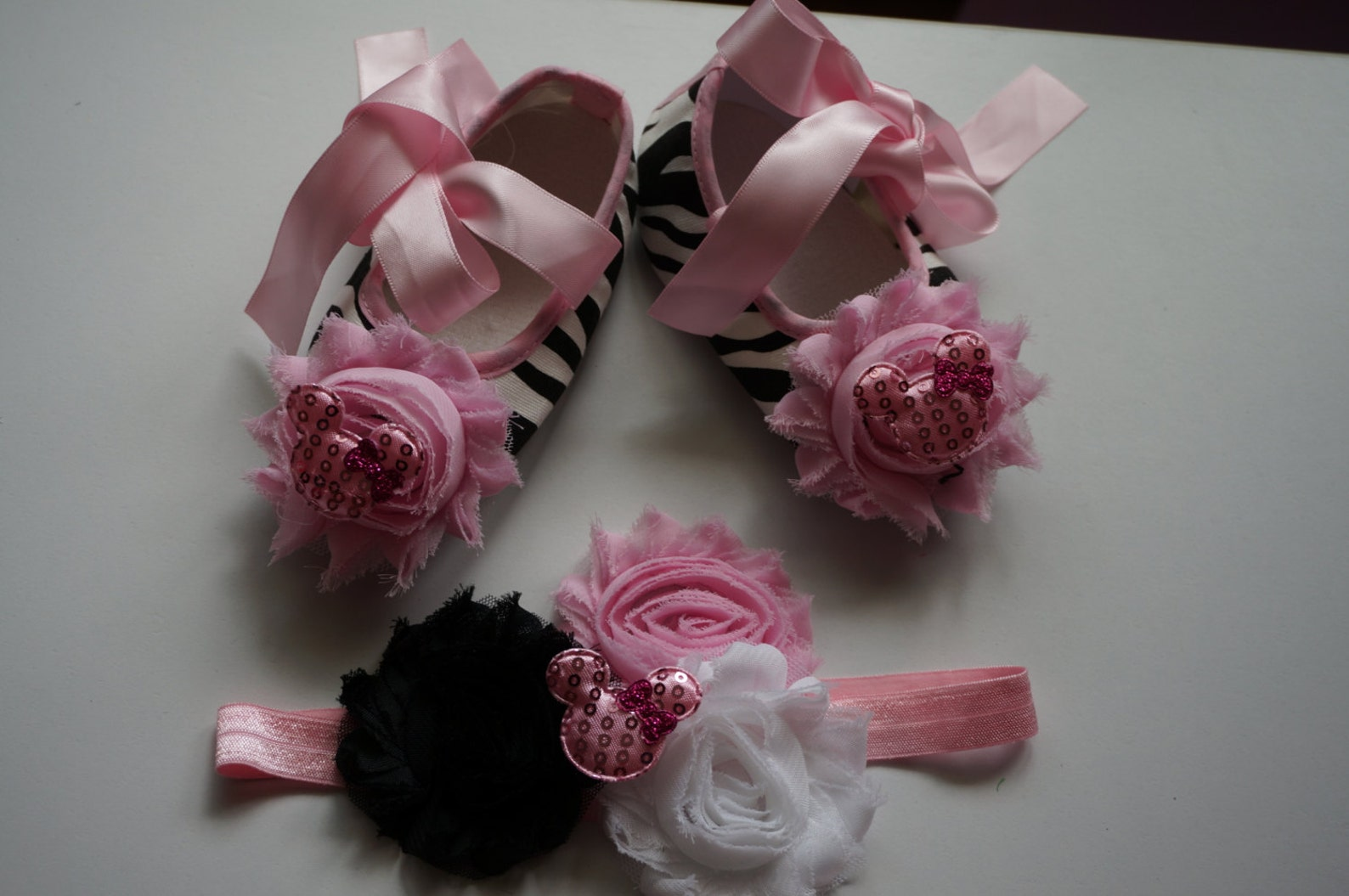 baby girl zebra shoes and headband set,baby girls shoes,disney shoes, zebra print ballet baby shoes, crib shoes and headband.