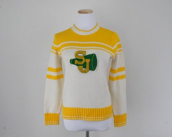 FREE usa SHIPPING Vintage 1980s cheerleader sweater  scoop neck sweater   green and gold  acrylic size S 71eb438fa