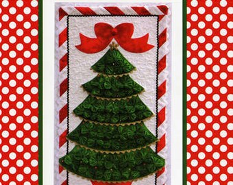 Christmas Tree Wall Hanging - Simply Evergreen Yo Yo Design by Marcia Layton - DIY Pattern
