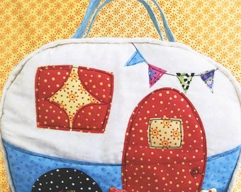 "Happy Camper Bag - Jennifer Jangles  - DIY Pattern - Finishes 12""x10""x5.5"""