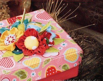 An Apple A Day - 9 Sewing and Craft Projects by The Quilted Fish