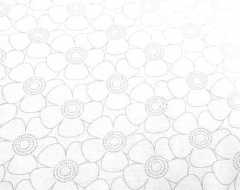 Flower petal - Daisy Flower - Gray on White - Basic palette  48503 GW Priced by the 1/2 yard