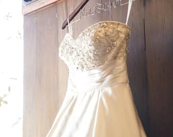 Wedding Dress Hanger, Bridesmaid Gifts, Bridal Party Gifts, Personalized Gift, Personalized Gifts, Personalized Hanger, Wedding Party Gift