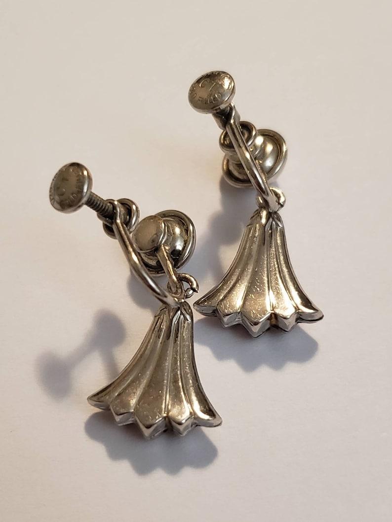 Art Deco Tulip Earrings Gold Filled Tulips Dainty Silver Tulip Flowers Screw Back Earrings 60s Mid Century Floral Fine Vintage Jewelry Gift