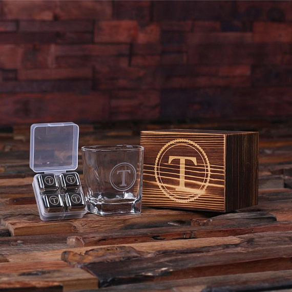 Set of 3 Personalized Whiskey Scotch Glass Set, Sipping Stones Stainless Steel Ice-Cubes, Wood Box Gift for Men Groomsmen, Fathers (025247)