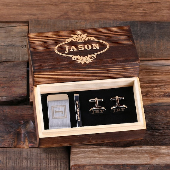 Set of 3 Personalized Gentleman's Gift Set Cuff Links, Money Clip, Tie Clip Groomsmen, Father's Day and Dad Men Boyfriend Christmas (025276)