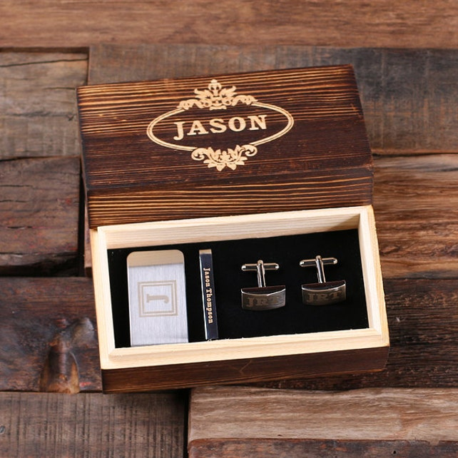 Set of 5 Personalized Gentleman's Gift Set Cuff Links, Money Clip, Tie Clip Groomsmen, Father's Day and Dad Men Boyfriend Christmas (025332)