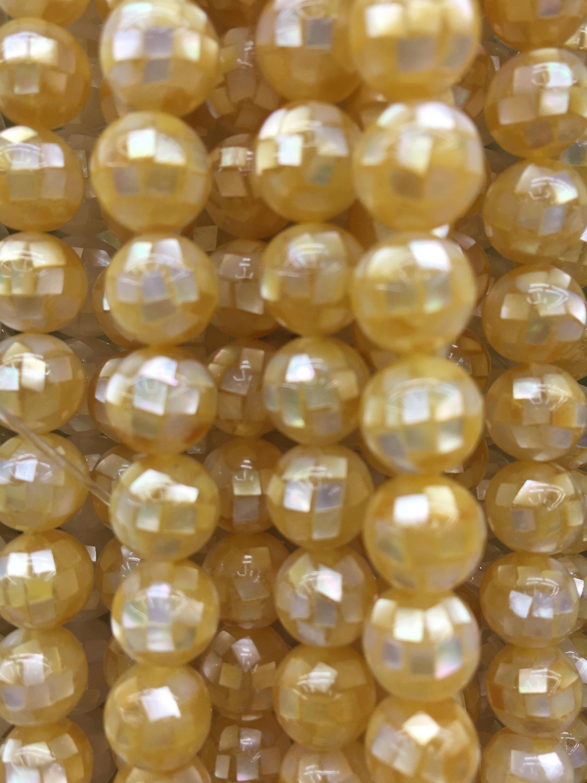 nacre jaune de perles de nacre coquillage rond perles gros. Black Bedroom Furniture Sets. Home Design Ideas