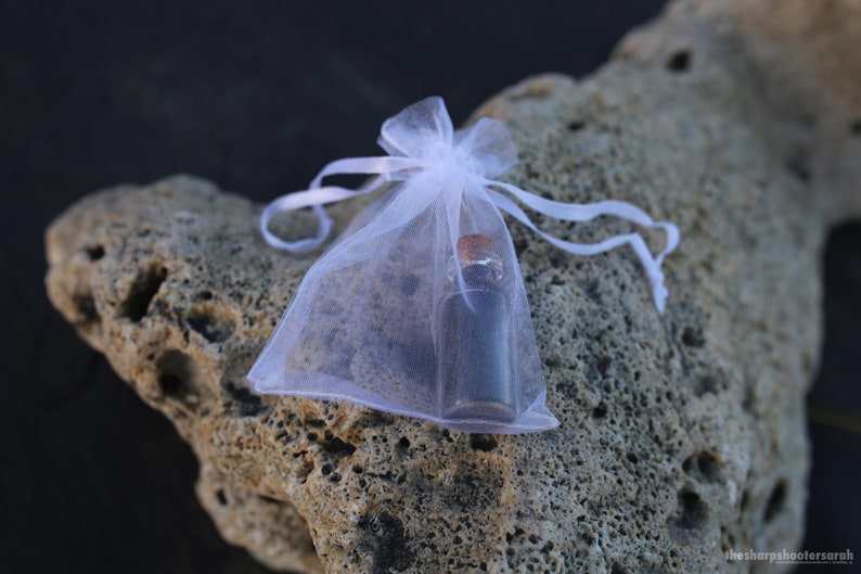 Vieques MAGNETIC Black Sand in a Bottle