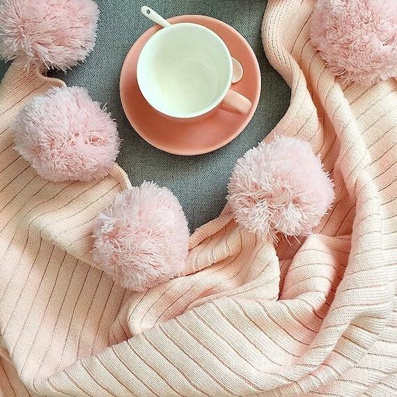 Incroyable Pom Pom Soft Pink Throw Blanket Pastel Pink Sofa Throw Pink | Etsy