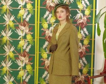Vintage 1970's Herringbone Tweed Suit . Olive Sienna . Classic Retro English Country Riding Style Jacket . Pencil Skirt . Eddie Bauer .