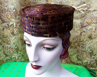 Shimmery 50's Vintage Hat. Pheasant Feather Pillbox. Luscious Russet Burgundy Teal Navy Iridescent colors. Unique & Chic. Mid Century Modern