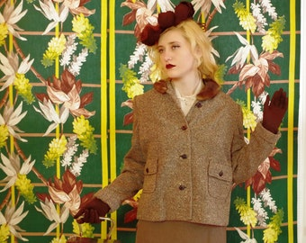 Stylish Sixties Tweed Jacket. Vintage Boxy Mod Chic with Scholarly Tweedy Vibe. Brown Mink Collar. Day or Evening. Sporty or Office.