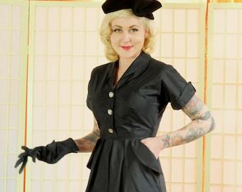 Film Noir Vintage 50's 'New Look' Black Dress . Miracle Cloth Sheath . Nan Miller Originals label . Chic Fem Fa tale Wiggle Dress . LBD .