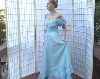 Romantic Retro 30's style Tea Gown. Vintage 70's Heavenly Pale Blue Chiffon Formal. Off Shoulder Evening Dress. ROBERTA Calif label. size 2