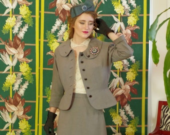 Vintage 50s Dove Gray Peplum Suit . Sophisticated late 40's 'New Look' fashion . Pencil Skirt . Nobility Jrs. label . Women's Chic . Swanky!