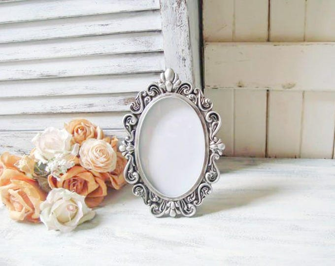 Wedding Table Frames - Willows End Cottage